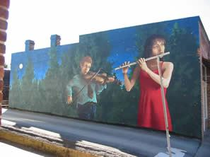 Mural of two musicians